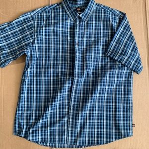 Dickies short sleeve button up